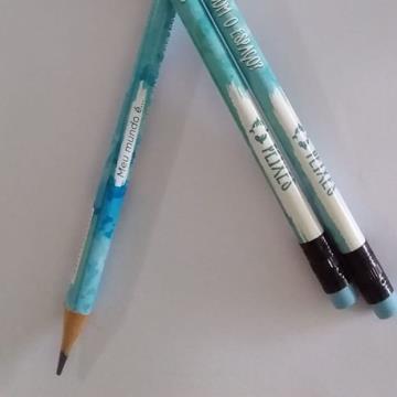 Lápis preto Signo Peixes