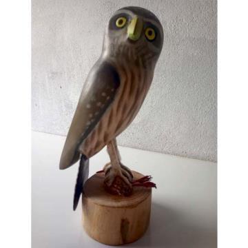 Coruja-buraqueira 1 - Miniatura madeira Valdeir José